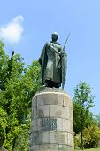 foto of dom  - Statue of Dom Afonso Henriques  - JPG