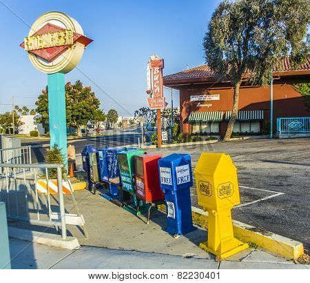 Self Service Newspaper Boxes In Los Angeles