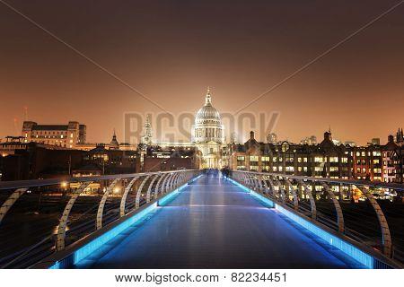 St. Paul Cathedral and millennium bridge, London , UK