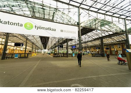HELSINKI, FINLAND - SEP 03: train station interior on September 03, 2014. Helsinki Central railway station is a widely recognised landmark in Kluuvi, part of central Helsinki, Finland