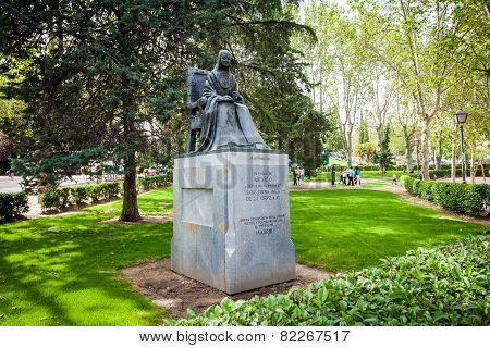 Statue Of Poet Sister Juana Ines De La Cruz Dedicated By Mexico To Madrid