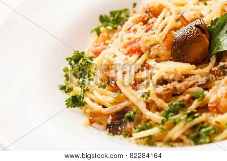 pasta with meat and mushrooms