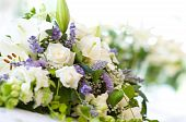 foto of white roses  - Beautiful bouquet of white roses and lilies - JPG