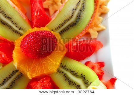 Frutas crudas en placa