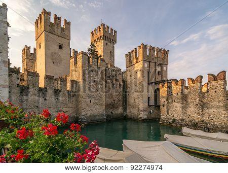 Scaliger Castle And Geranius