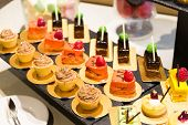 pic of ombres  - Dessert table - JPG