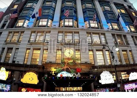 NEW YORK, USA - DECEMBER  22, 2015: General view of the front entrance to Macy's store at Christmas in Times Square