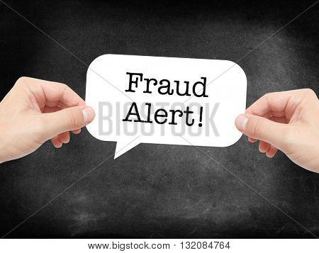Fraud Alert written on a speechbubble