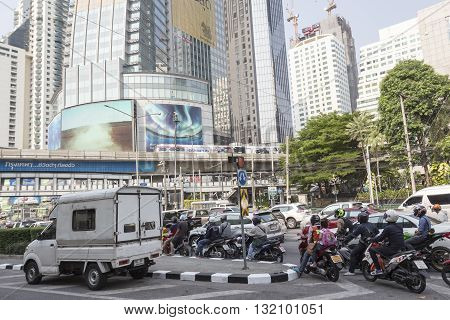 BANGKOK THAILAND - APR 29 : cars stop in traffic jam on Ratchadapisek Road at Asoke junction on april 29 2016 thailand. traffic jam is one of worse issue of Bangkok