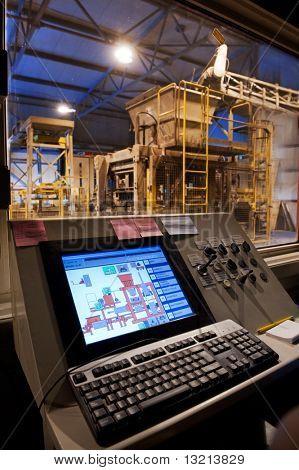 Sala de control de fábrica