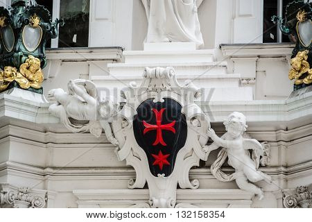 knights of the cross with red star