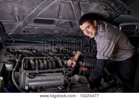 Auto Repair Mechanic