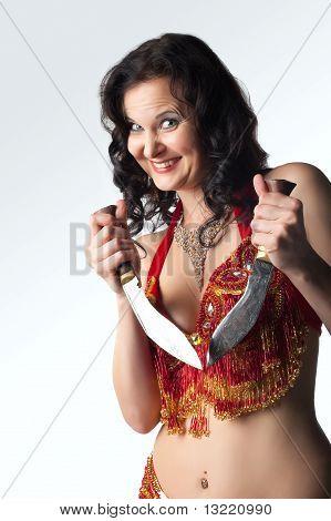 Wahnsinnige Frau mit Messer Lächeln