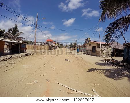 Manabi - 04 May 2016: Ecuador Massive Earthquake From April 2016 Left Abandoned Towns On The Coast Ecuador, South America In Manabi On May 04 2016