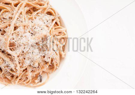 diet ready whole wheat pasta with mushroom alfredo sauce
