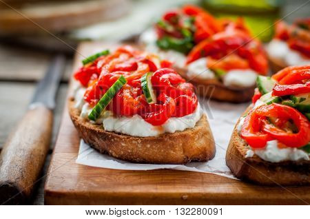 Rоasted Pepper, Cucumber And Feta Bruschetta