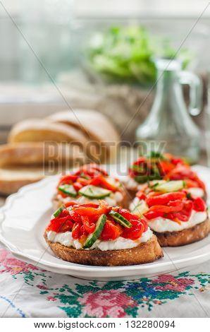 Rоasted Pepper, Cucumber And Feta Bruschetta