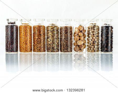 Assorted Of Spice Bottles Condiment Black Pepper ,white Pepper, Black Mustard,white Mustard,fenugree
