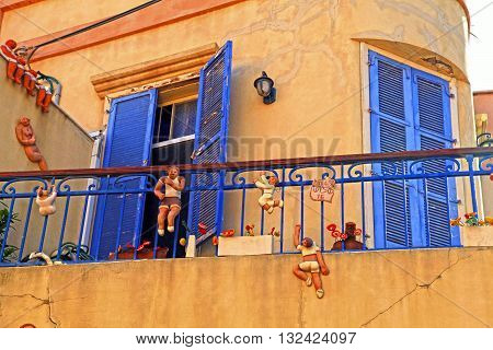 TEL AVIV, ISRAEL - APRIL 3, 2016: Beautiful house with funny figures Beit Tamar - the building that stands at the intersection of the streets Chelouche and Shabazi in the Neve Tzedek area of Tel Aviv, Israel.