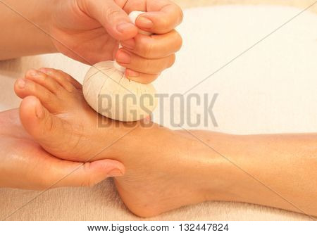 reflexology foot massage spa foot treatment by ball herbThailand