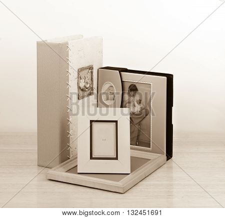 Photo frames and albums for printing services and for children's photos