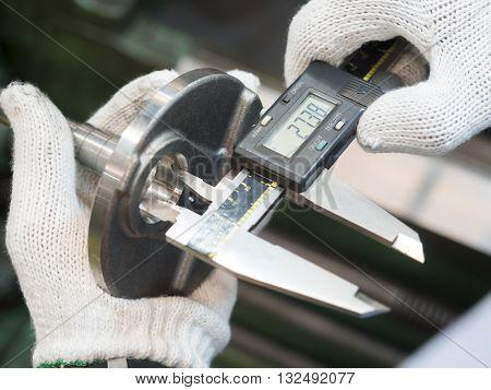 Inspection Automotive Steel Crank Shaft