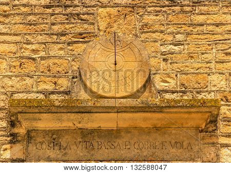 ARCHITECTURE AND BUILDINGS.Sundial: