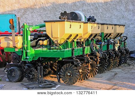 agricultural machinery drill assembly of a combine harvester maintenance and export of agro-machinery Ukraine March 29 2016 for the assembly plant harvesters
