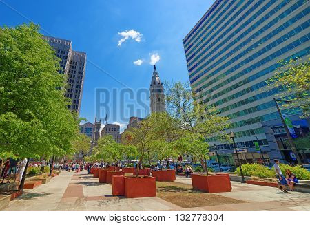 Love Park With Tourists And Philadelphia City Hall On Background