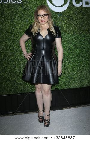 LOS ANGELES - JUN 2:  Kirsten Vangsness at the 4th Annual CBS Television Studios Summer Soiree at the Palihouse on June 2, 2016 in West Hollywood, CA