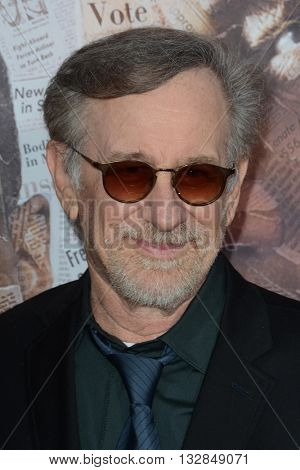 LOS ANGELES - MAY 10:  Steven Spielberg at the All The Way LA Premeire Screening at the Paramount Studios on May 10, 2016 in Los Angeles, CA