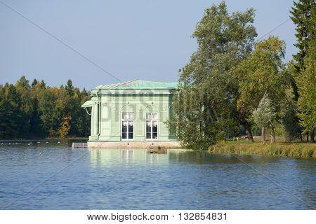 GATCHINA, RUSSIA - SEPTEMBER 24, 2015: The Venus pavilion in the scenery of White lake. Historical landmark of the Gatchina Palace Park. Leningrad region