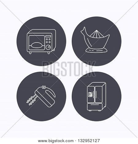 Microwave oven, American style fridge and blender icons. Juicer linear sign. Flat icons in circle buttons on white background. Vector