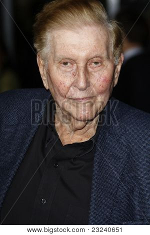 LOS ANGELES - NOV 22: Sumner Redstone at the Premiere of 'Faster' held at Grauman's Chinese Theater in Los Angeles, California on November 22, 2010