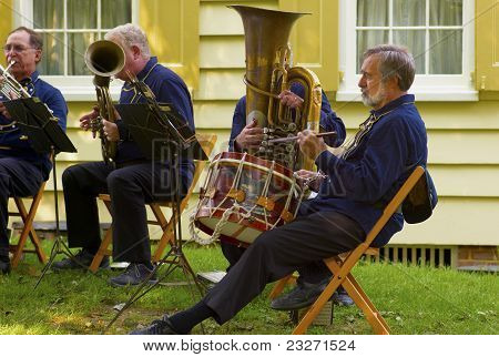 Old Timers Military Band