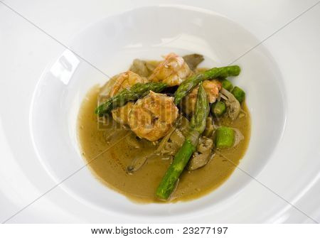 Asparagus with shrimps