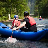 picture of raft  - white water rafting - JPG