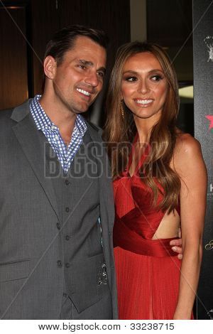 LOS ANGELES - 22 de maio: Bill Rancic, Giuliana Rancic chega a 37 Gracie Gala Anual no