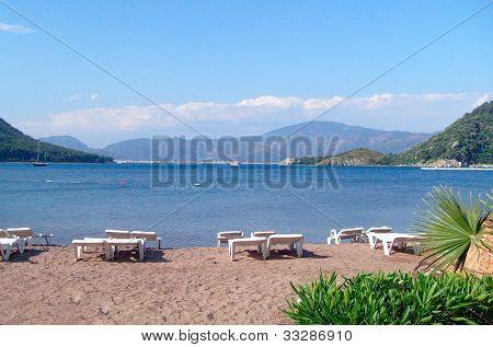 beliebten Ferienort Icmeler in der Türkei Ägäis anzeigen.