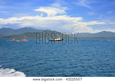 tug boat towing