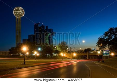 Dallas Cityscape With Reunion Tower