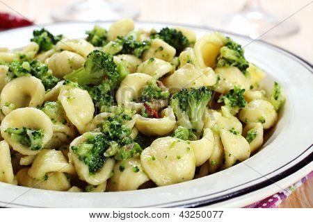 italian pasta orecchiette with broccoli