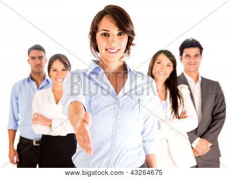 Mulher de negócios com a mão estendida para o aperto de mão - isolado sobre o branco