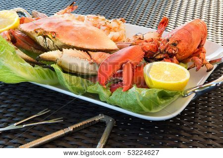 Red Lobster, Crab And Jumbo Shrimps On A Big Plate