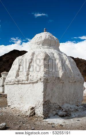 Buddhist stupa ( chorten ) at Himalaya