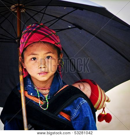 Portrait of unidentified H'mong girl in Sa Pa, Vietnam