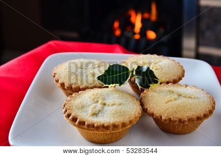Christmas Mince Pies By The Fire