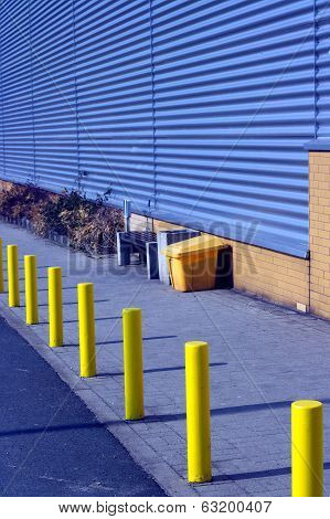Boundary pillars