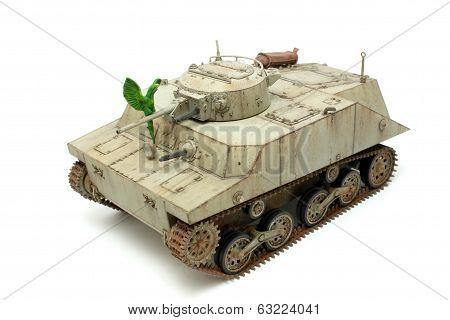 Tank Ka-mi View Three-quarters