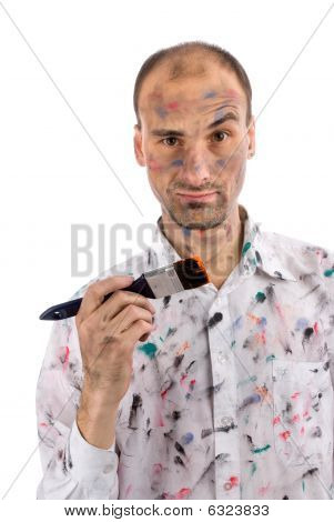 lustig und einige mad junger Mann mit gemalten Hände und Gesicht